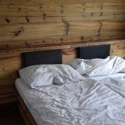 Schlafzimmer_Altholz2