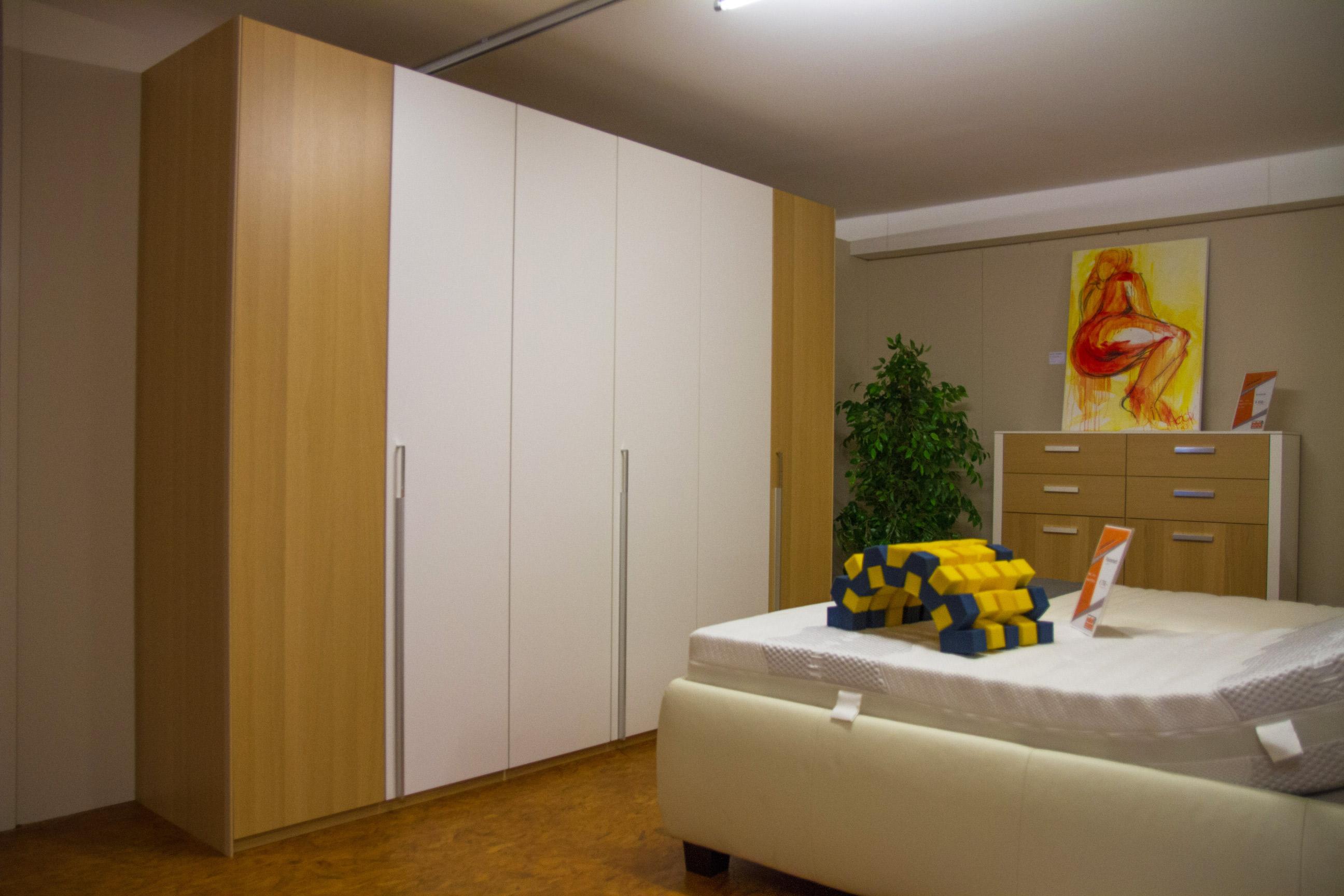schn ppchenmarkt kleiderschrank 6 t rig tischlerei edelmann. Black Bedroom Furniture Sets. Home Design Ideas